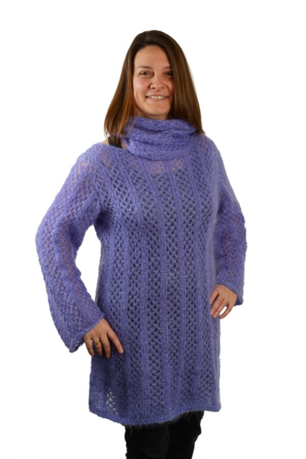 Robe pull tricotee mohair et soie femme avec col roule violet